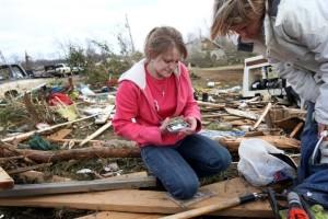 Swarm+Tornadoes+Leave+Devastation+Through+0-s2if8i9xwl